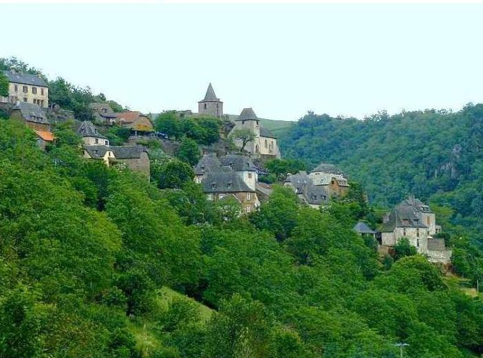 cantal villatge, deep france