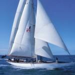 "< img src=/""sailboat.jpg""alt=""sailboat""/>"