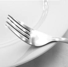 """<img src=/""""fork.jpg""""alt=""""fork""""/>"""